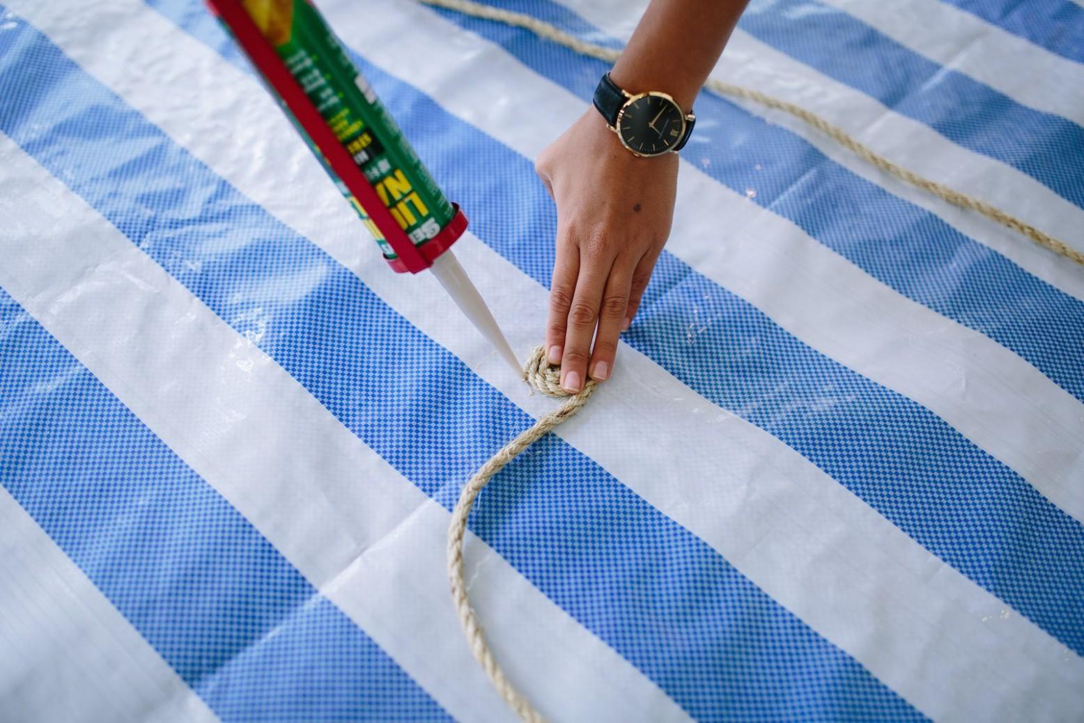 primer paso de nuestro proceso de fabricación de una alfombra de fibra natural